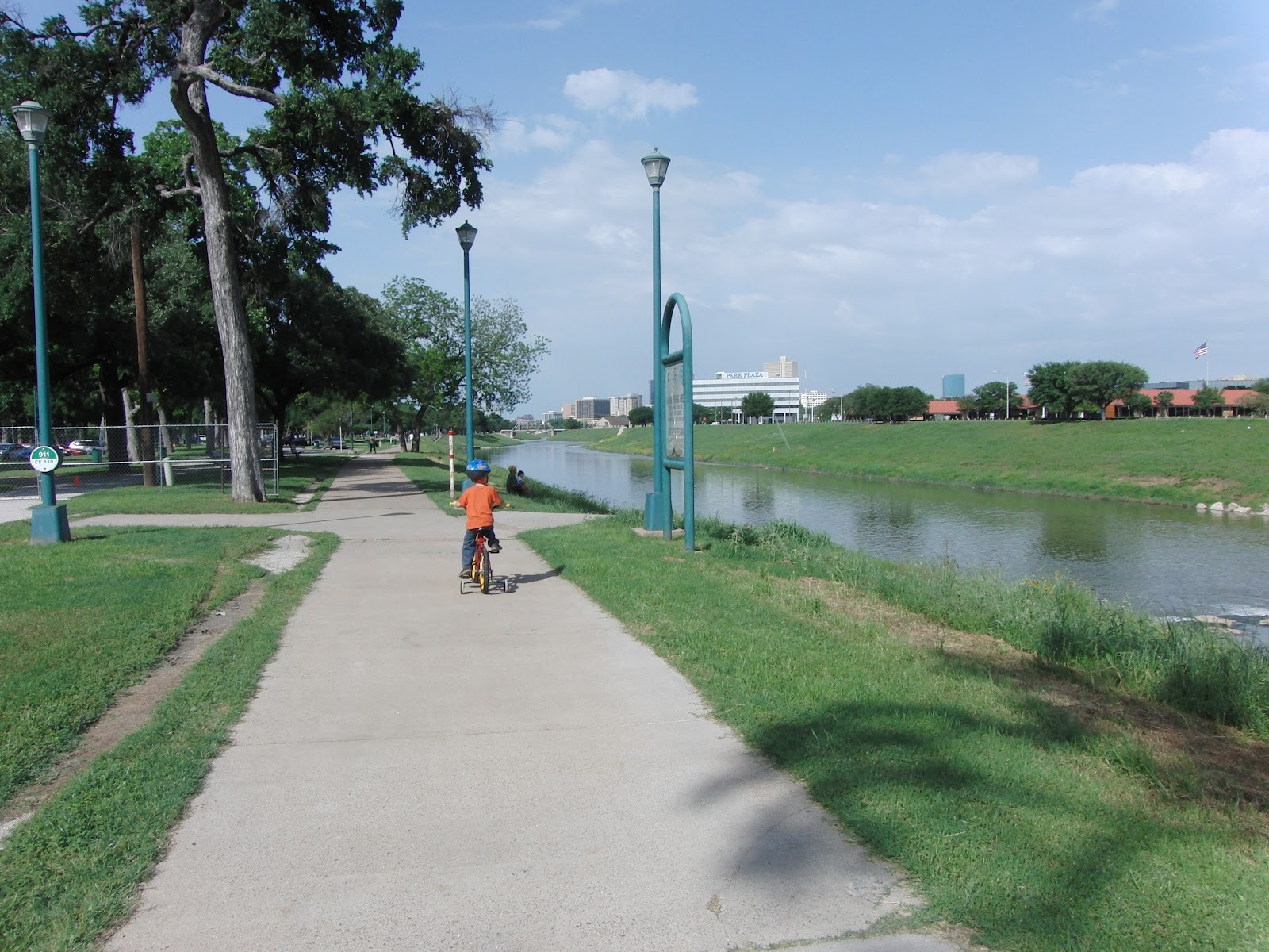 Trinity Trail Fort Worth Having Fun In The Texas Sun