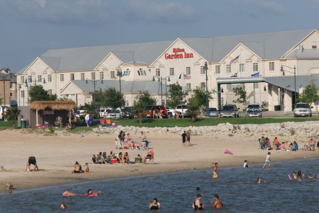 Attractive ... LOVES The FREE Granbury City Beach Park! The City Brought In Soft White  Sand From South Padre Island To Make This Oasis On Lake Granbury! Design Inspirations