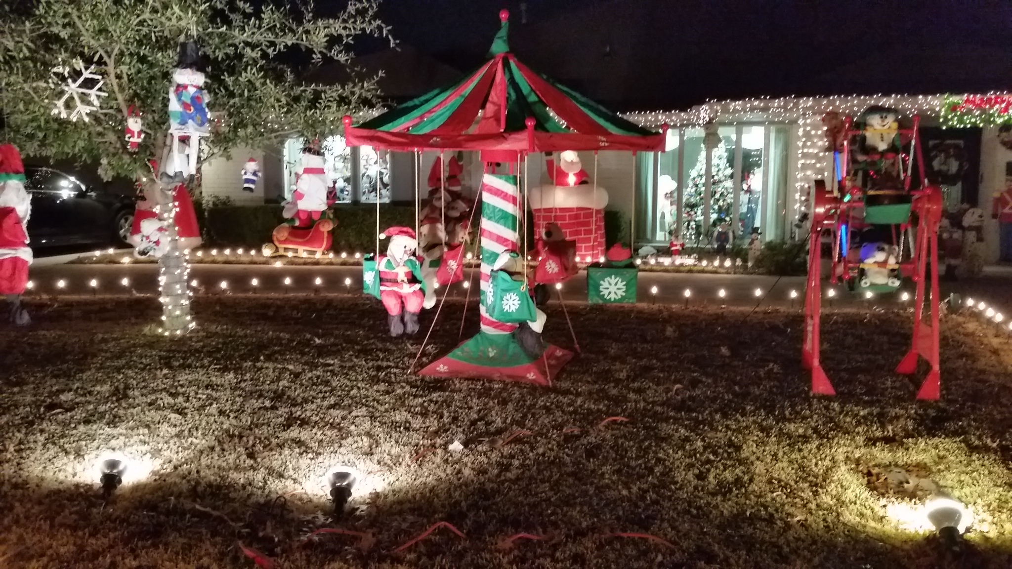 The Christmas Lights of Interlochen, Arlington | Having Fun in the ...