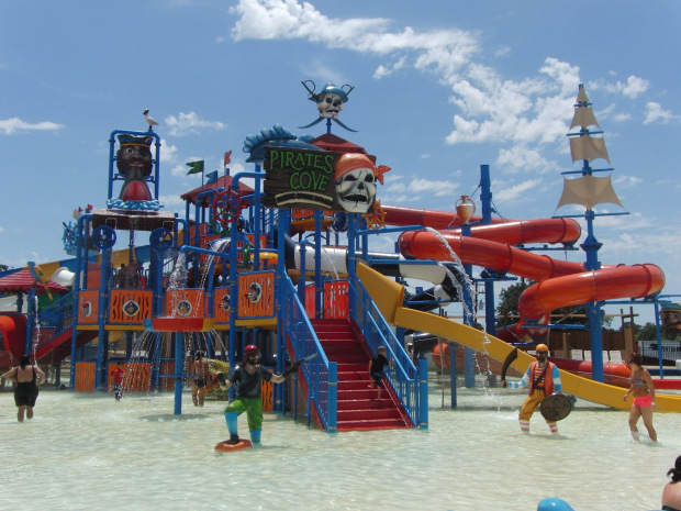 Pirates Cove WaterPark at North Texas Jellystone