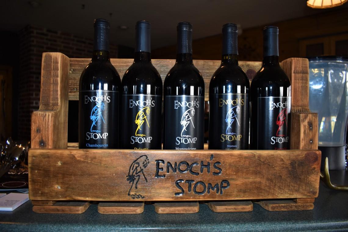 Enoch's Stomp Vineyard and Winery, Harleton